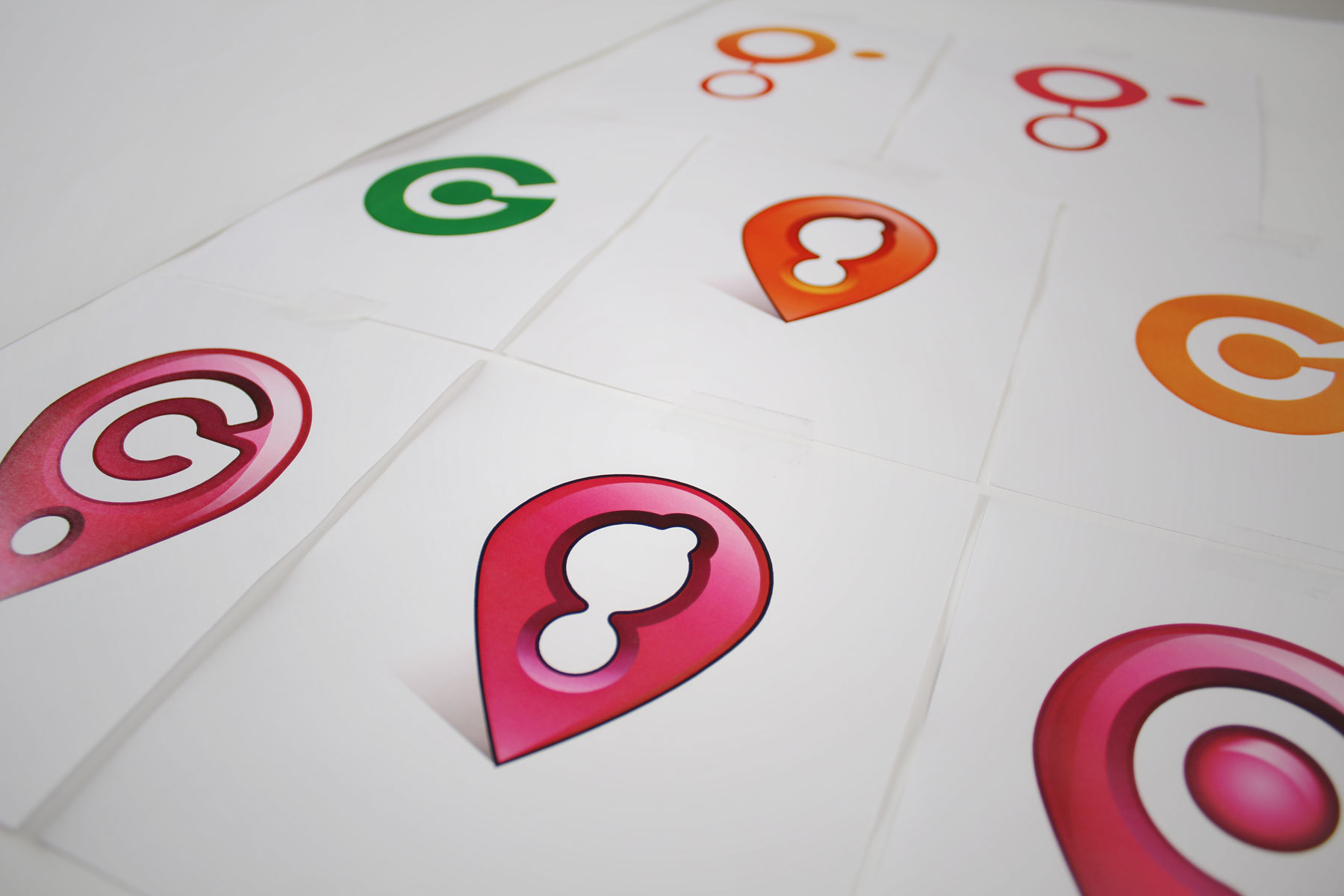 We developed a series of brand icons which brought together the G initial and the idea with a tag or pin device.