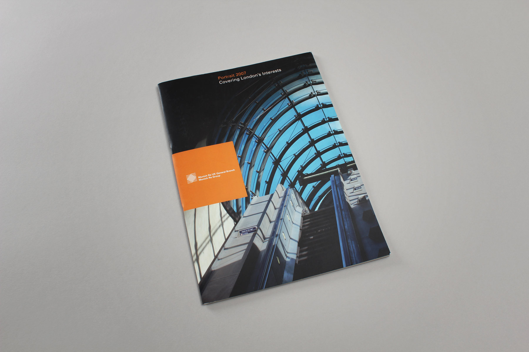 We used dynamic and famous roofing structures across London as a metaphor for the Munich Re business offer.