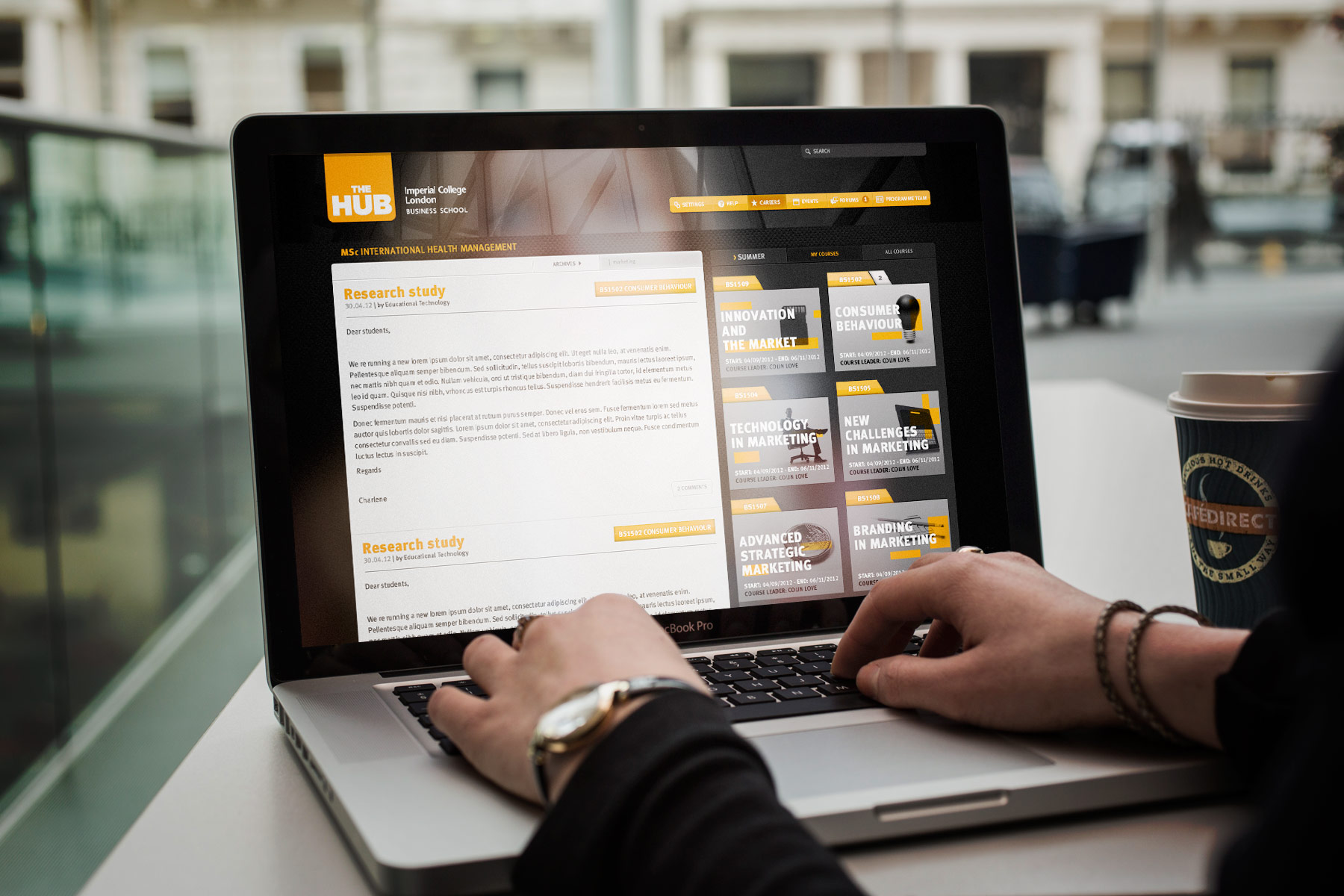 The application responds to the users environment. When in the desktop or laptop mode, content areas take preference with the view that the user is likely to be generating more written content.