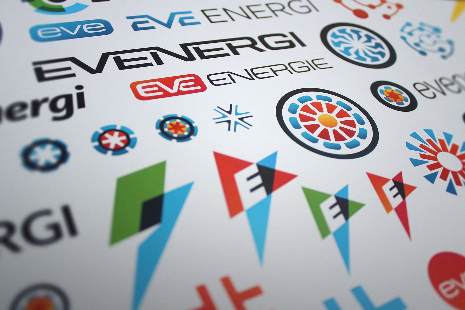 The brand concepts married symbology from both automotive and renewable sectors.